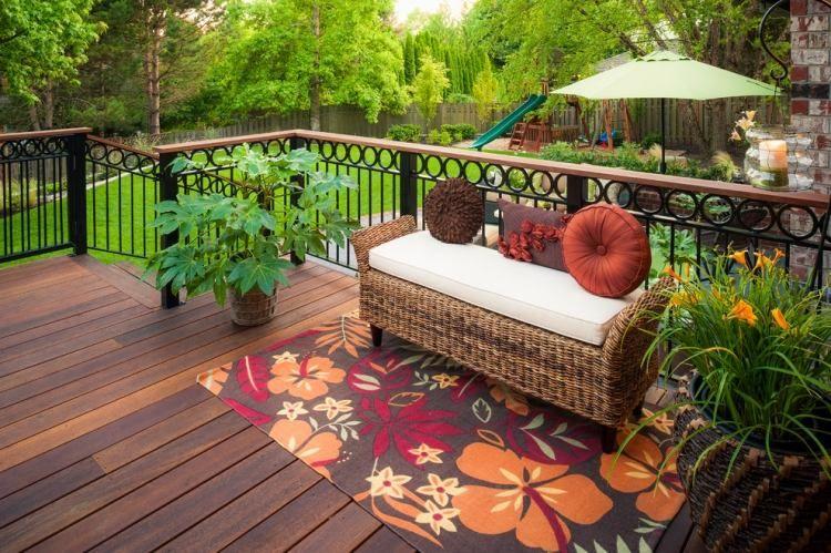 Holz Le Design balkongeländer aus metall mit kreisförmigen details und handhlauf