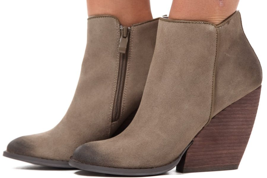 Lime Lush Boutique - Khaki Suede Chunky Heel Bootie, $84.99 (http://www.limelush.com/khaki-suede-chunky-heel-bootie/)
