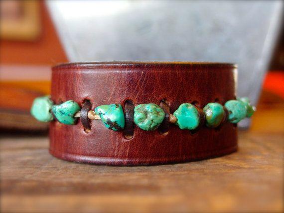 Brazalete pulsera de color turquesa joyería por TheCrystalCorral