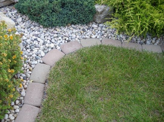 Paving Stone Edging   All You Need To Know About The Garden Stone Edging U2013  Garden Design