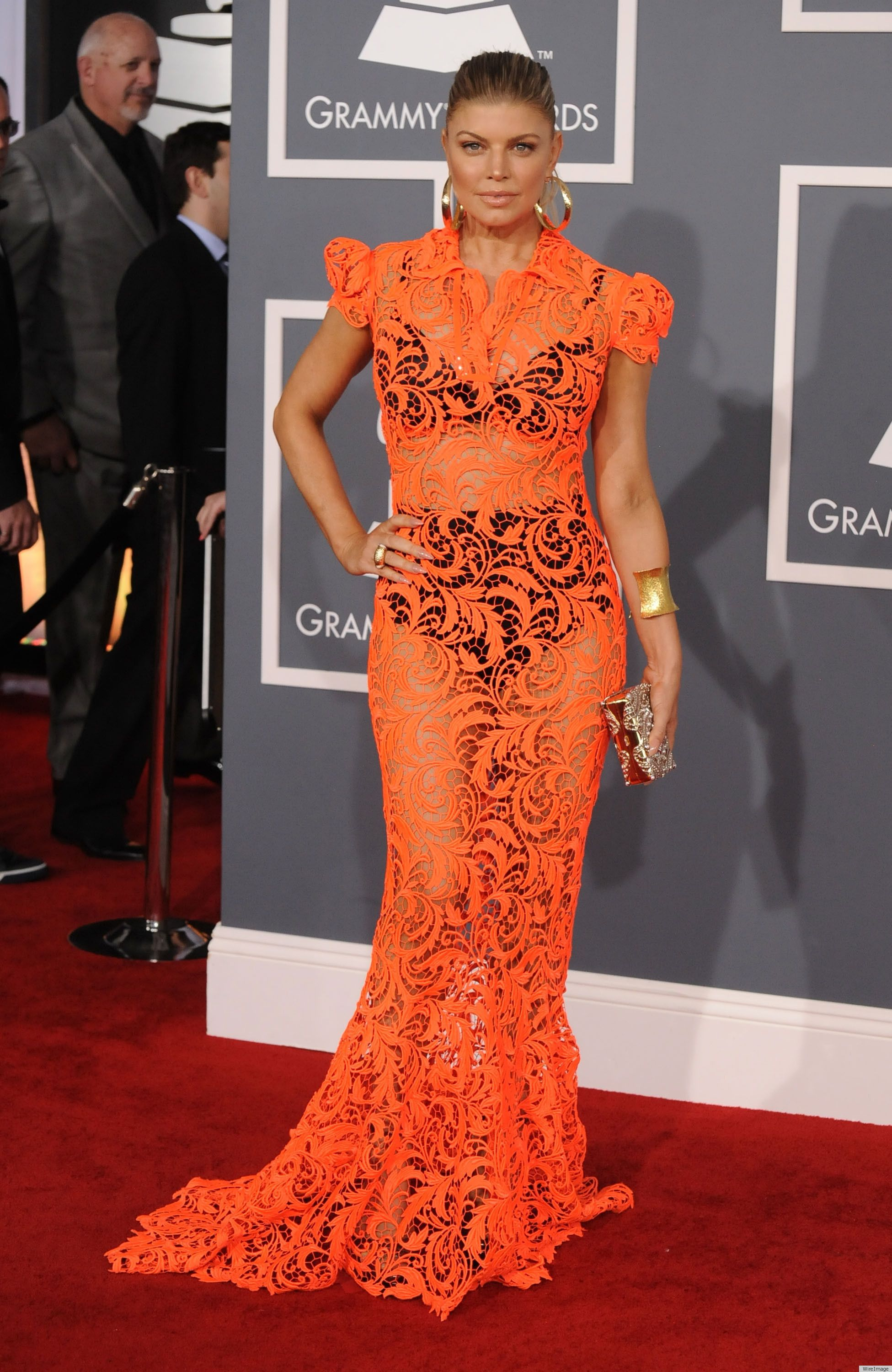 PHOTOS: Fergie's Risky Grammys Dress | Red carpet fashion, Online ...