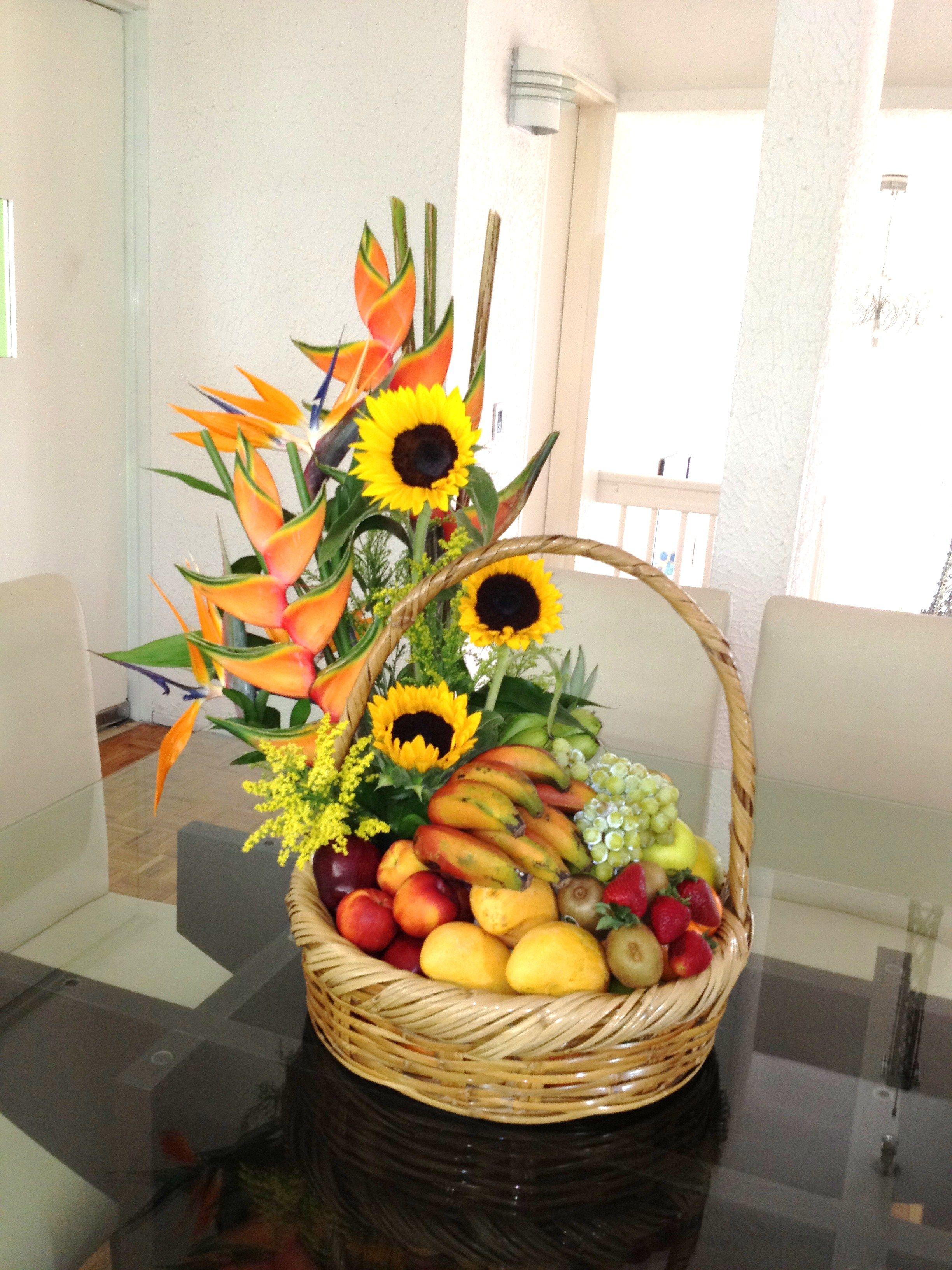 Arreglo frutal floral frutas finas frescas de la temporada - Frutas de cristal ...