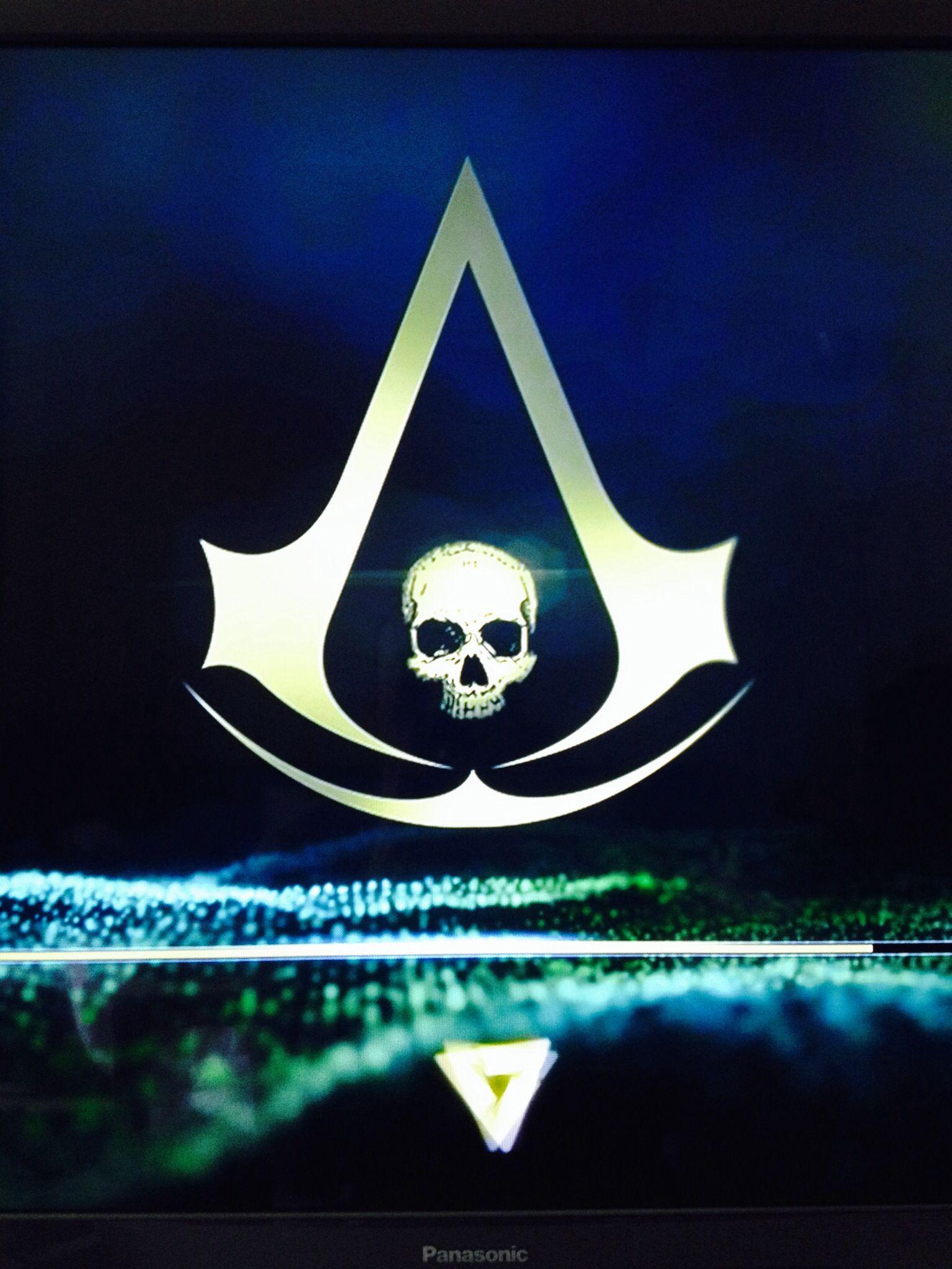 Assassin's Creed IV Black Flag is loading Gamer Girl