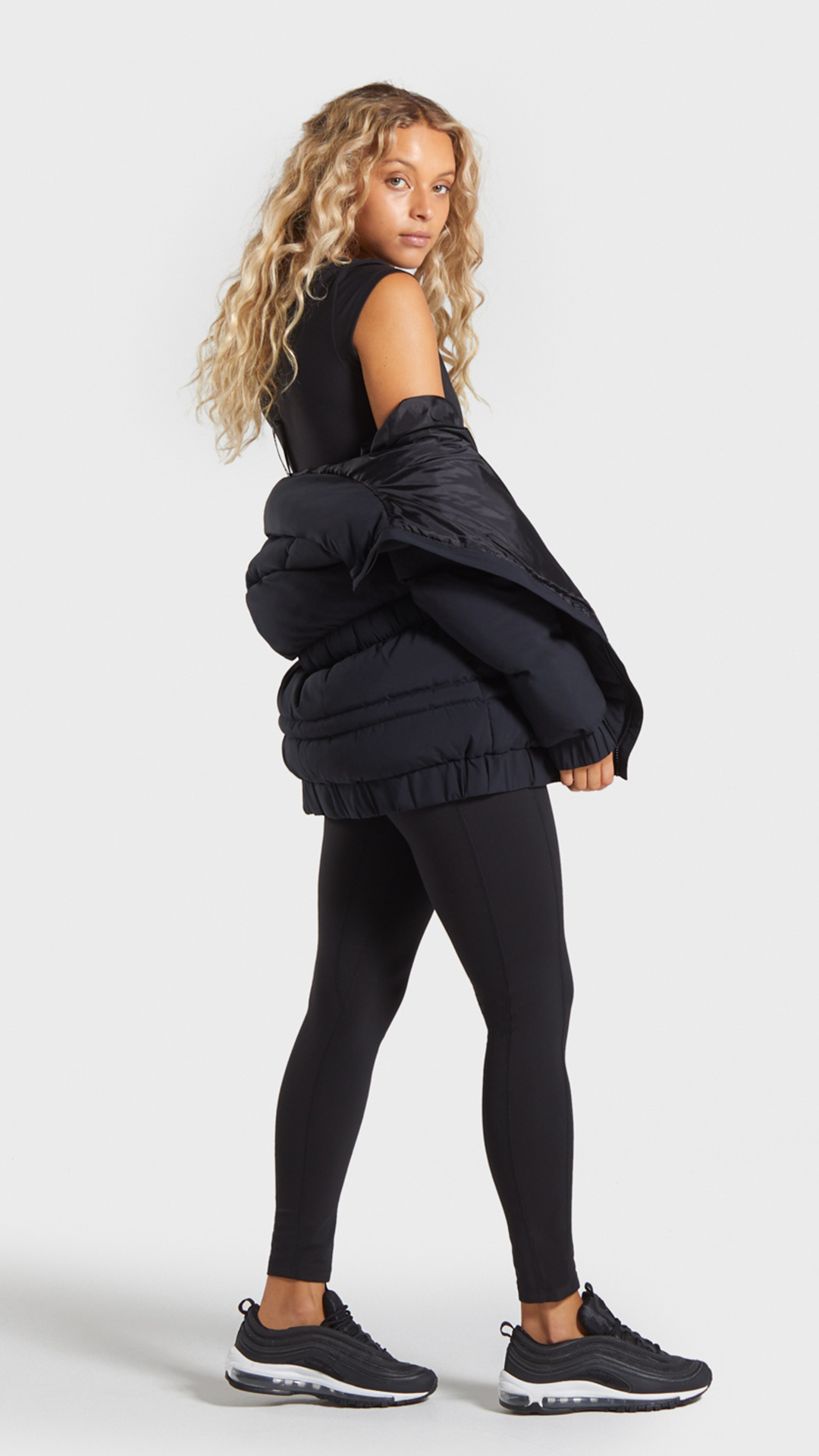 The Puffer Jacket Gymshark Gym Sweat Train Perform Seamless Exercise Strength Strong Power Fitness Outfitin Gymshark Women Gymshark Puffer Jackets [ 1920 x 1080 Pixel ]