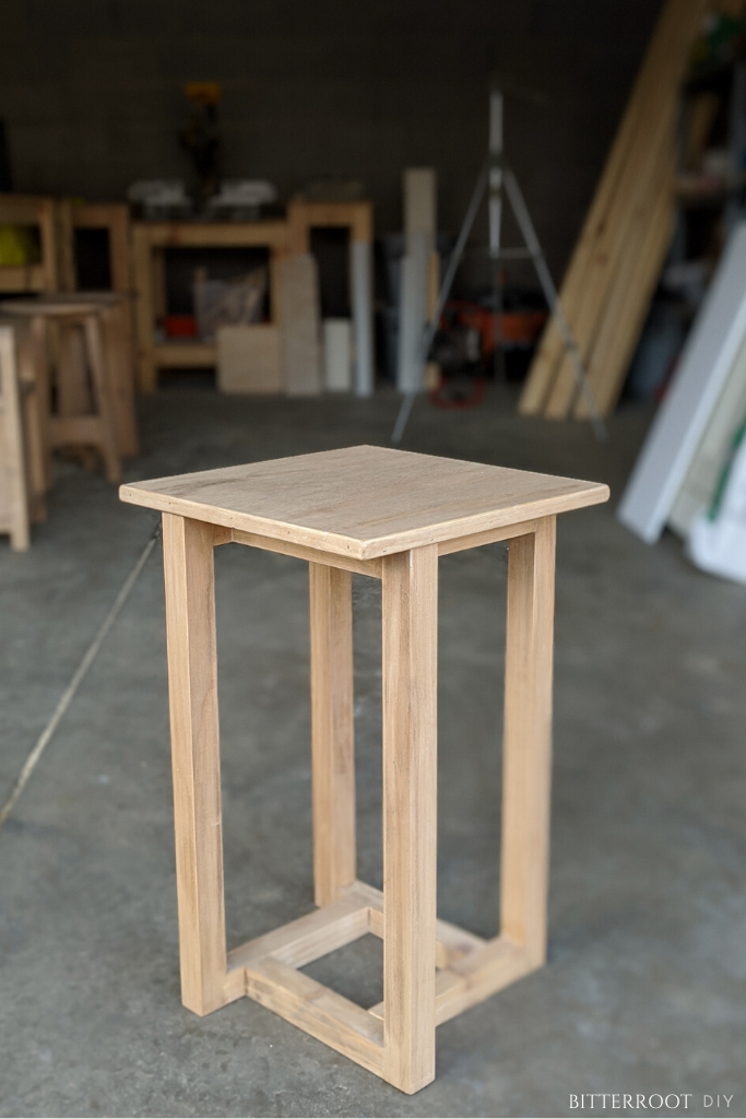 Geometric Diy End Table Diy End Tables Diy Table Furniture Projects