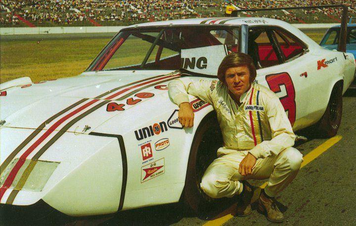 1970 Fred Lorenzen drove the Ray Fox Dodge Daytona in 4