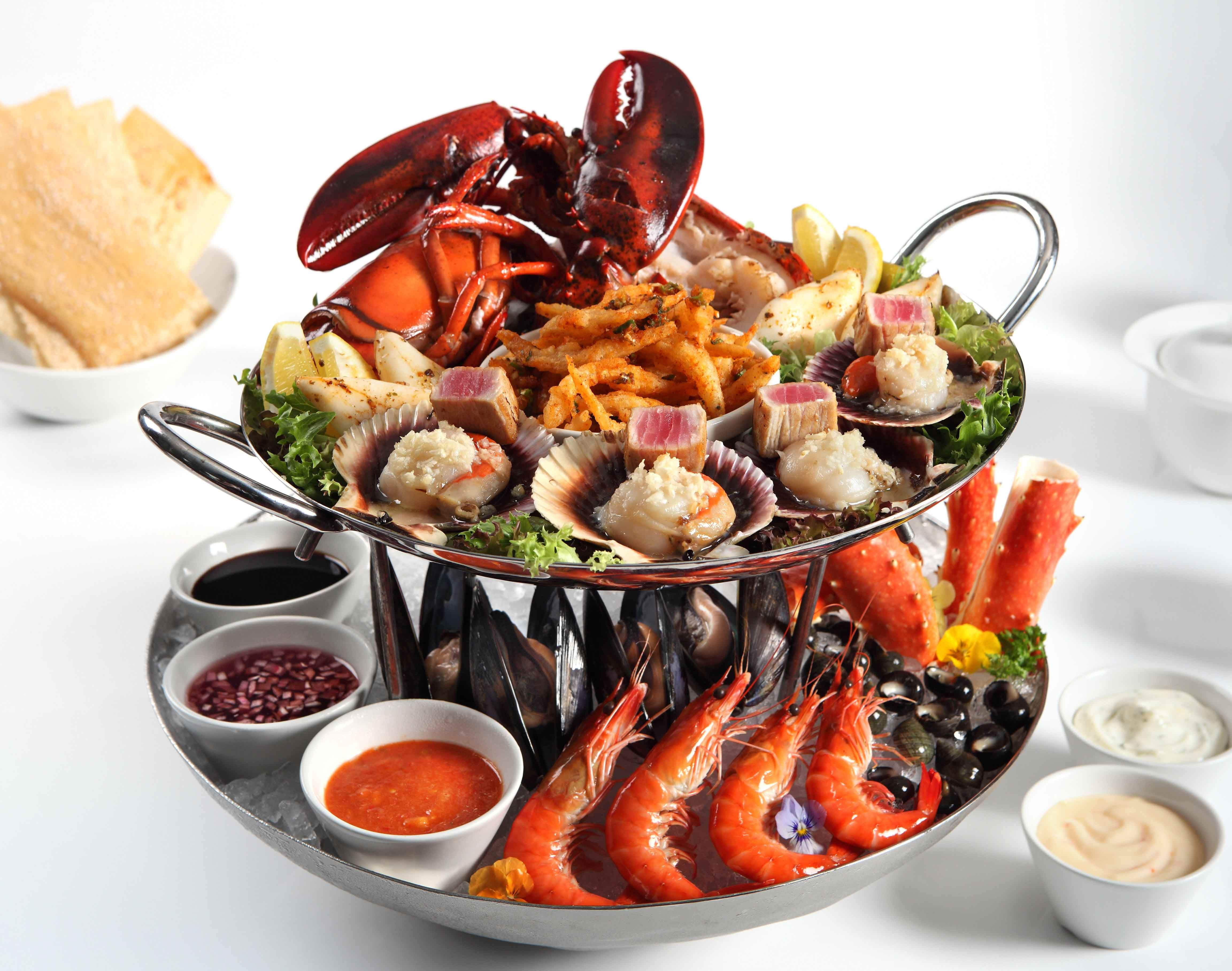 If you 39 re looking for a seafood platter check this out for Fish and seafood