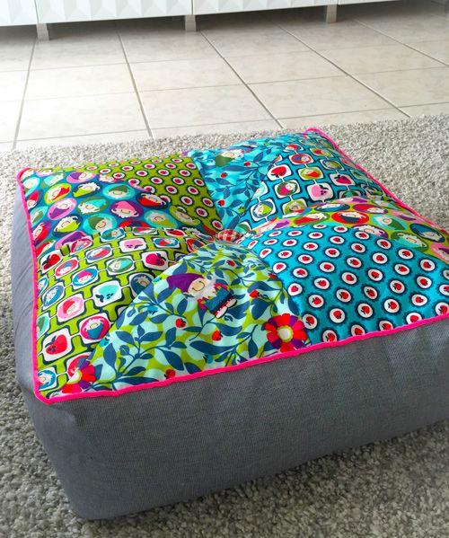 schnittmuster wohnaccessoires kostenlos tutorial f r bodenkissen n hen pinterest bodenkissen. Black Bedroom Furniture Sets. Home Design Ideas