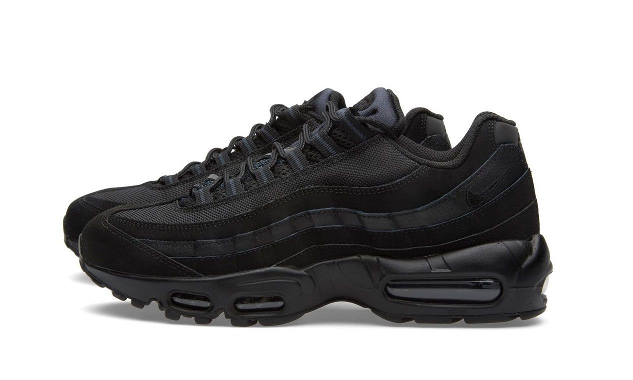 new style f60e1 2d31c Nike Air Max 95 Black   Sneakers Love Portugal