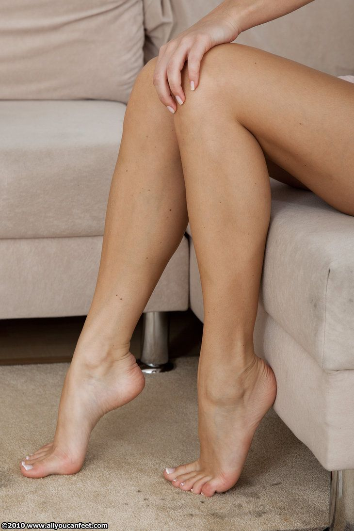 beautiful sexy feet