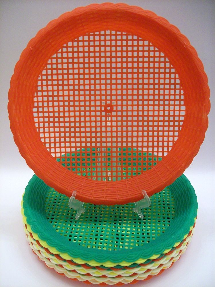 Lot of 15 Vintage Plastic Paper Plate Holders Woven Wicker Look C&ing Picnic  sc 1 st  Pinterest & Lot of 15 Vintage Plastic Paper Plate Holders Woven Wicker Look ...