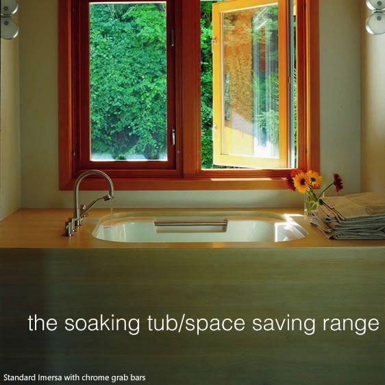 japanese soaking tubs for small bathrooms | Small Japanese Soaking ...