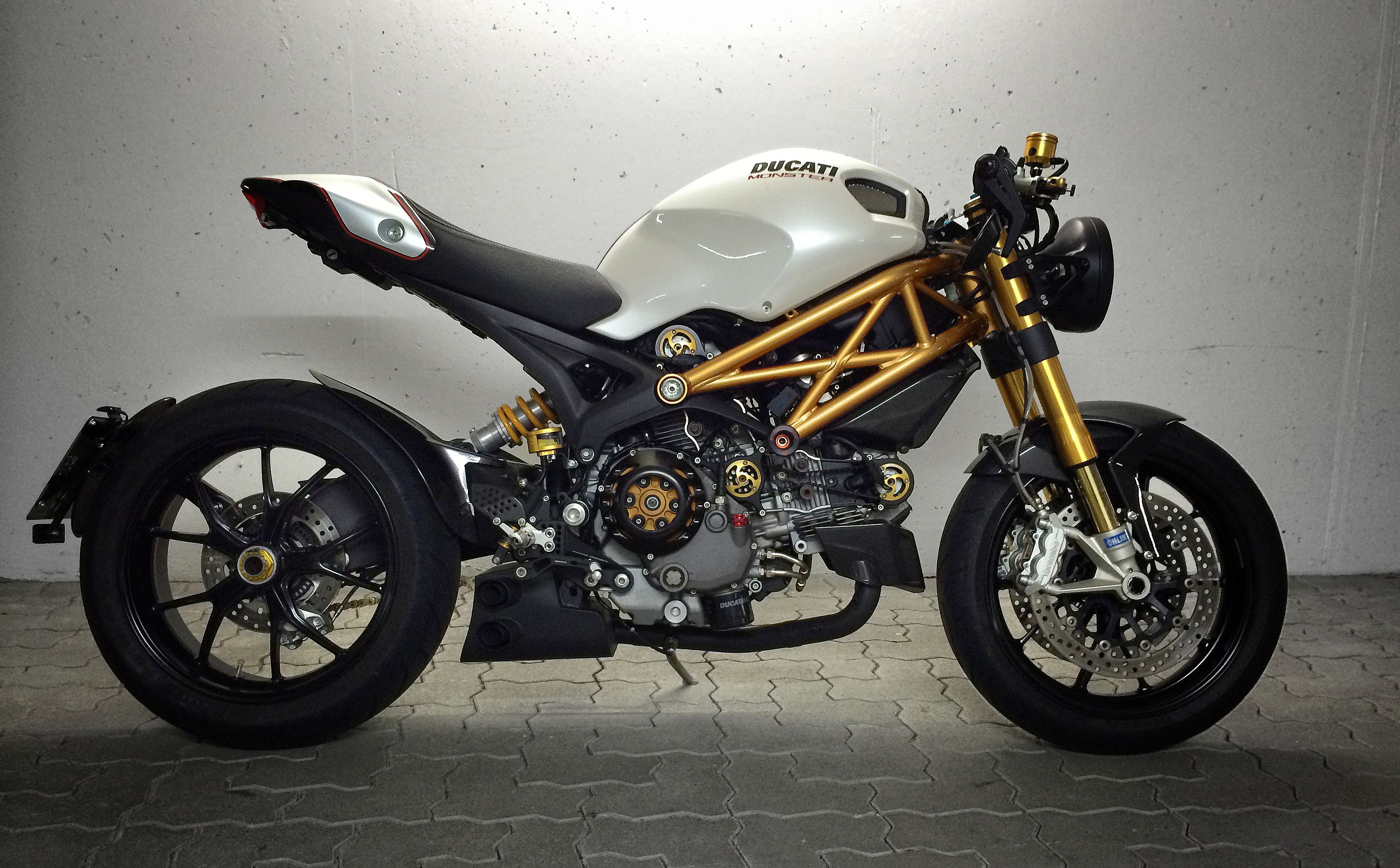 ducati monster 1100s motorcycles pinterest ducati monster ducati and monsters. Black Bedroom Furniture Sets. Home Design Ideas