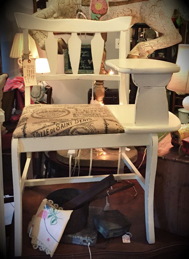 Vintage Gossip Bench Refinished Using General Finishes Antique
