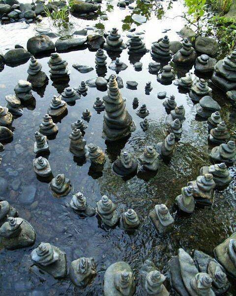 """""""Simplicidade é a natureza das grandes almas"""" -- Swami Ramdas"""