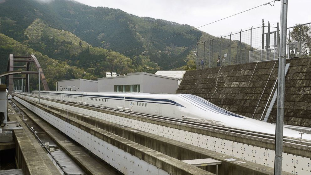 Japanese Passenger Train Breaks Its Own Speed Record at