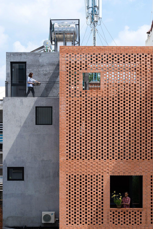 Ziegelhaus design außen tropical space designs a warm contemporary home in ho chi minh city