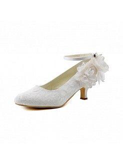 Blanco tacón bajo salón de novia de encaje con flor y correas de tobillo - EUR €76,57