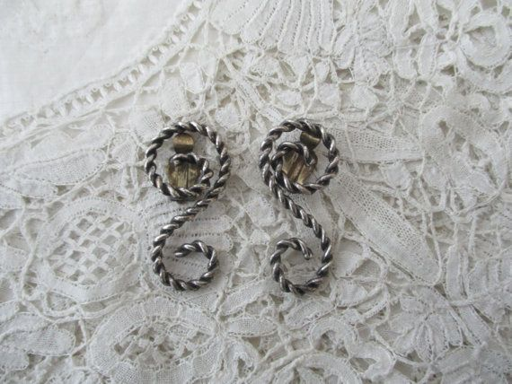 Vintage earrings 1930's clip ons by Nkempantiques on Etsy