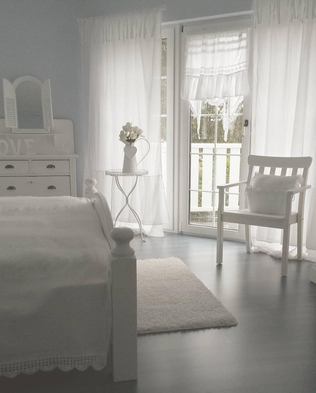 Heute Ist Aprilwetter ⛅☔☁☔☁#whiteliving #myhome #whiteblue #schlafzimmer