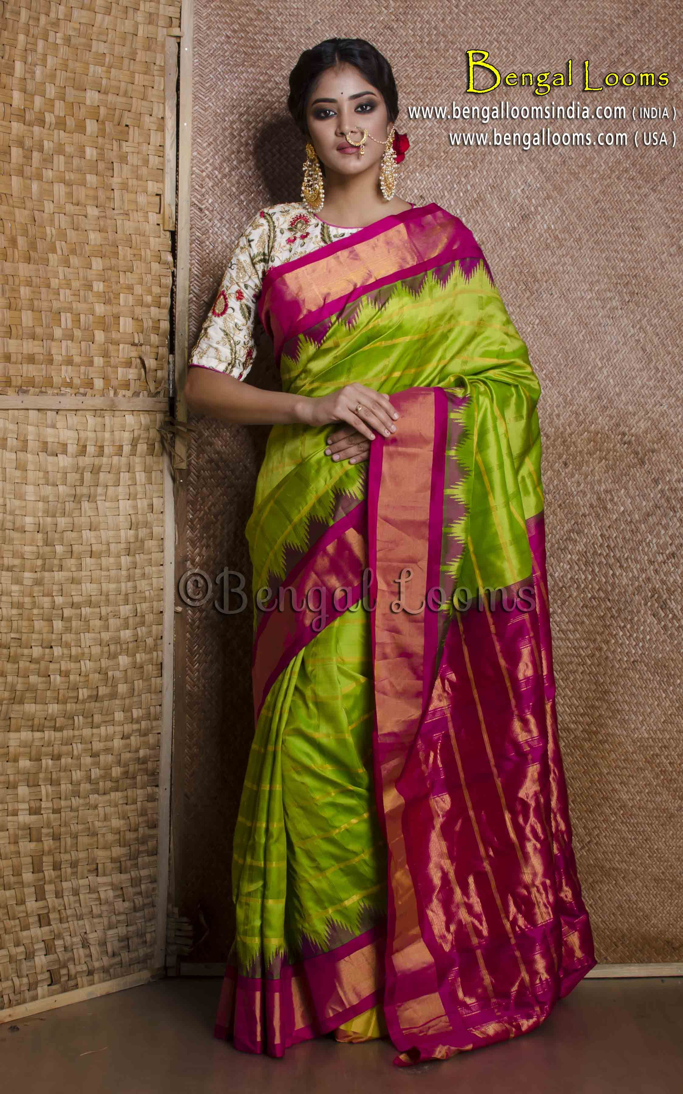e5cef88aa7 Pure Handloom Checks Gadwal Silk Saree in Parrot Green and Magenta ...