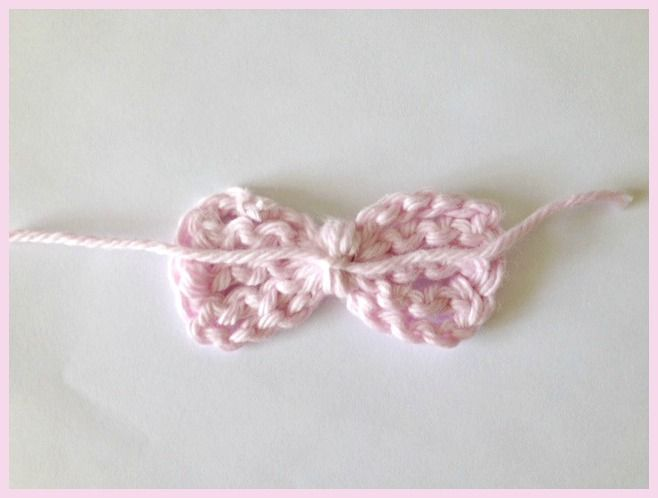 Bow Front Crochet Baby Sandals Aren\'t these super cute? I was ...