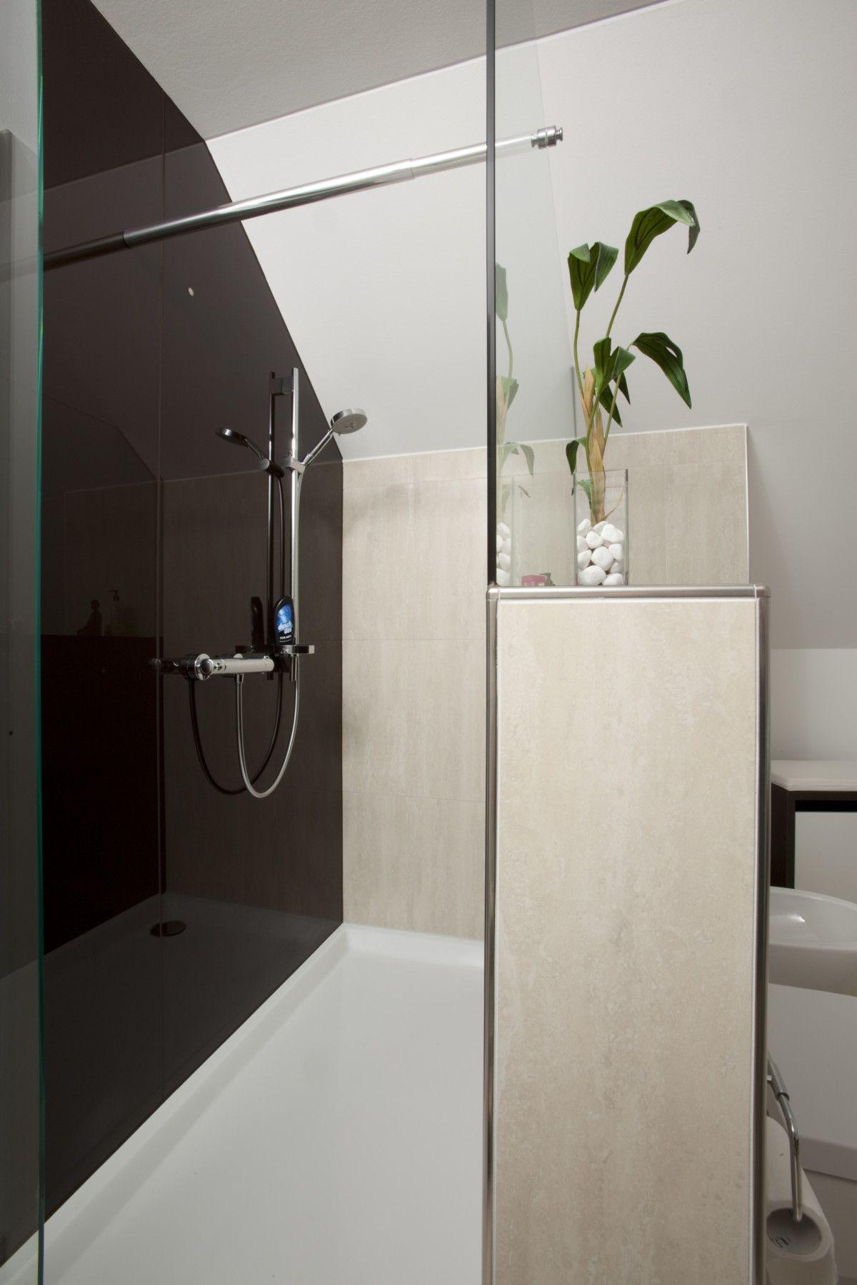 Dusche - Abtrennung gemauert mit Glaswand - Inneneinrichtung ...
