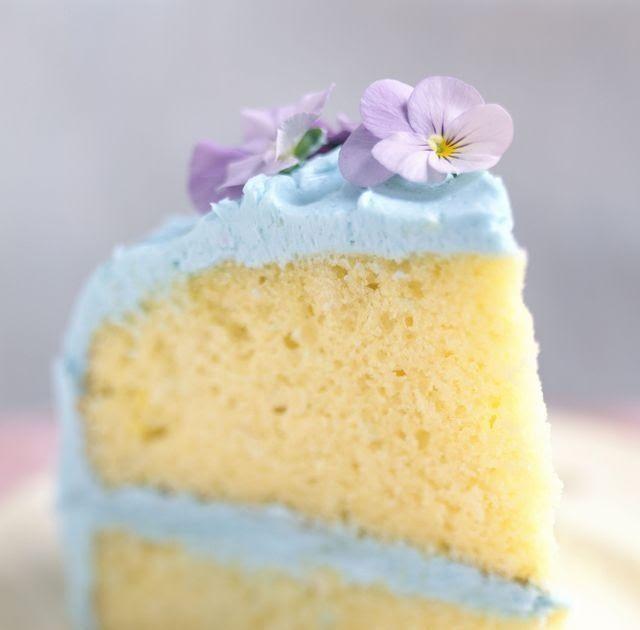 Pin By Prisha Parwani On Bakingg In 2019 Homemade Vanilla Cake