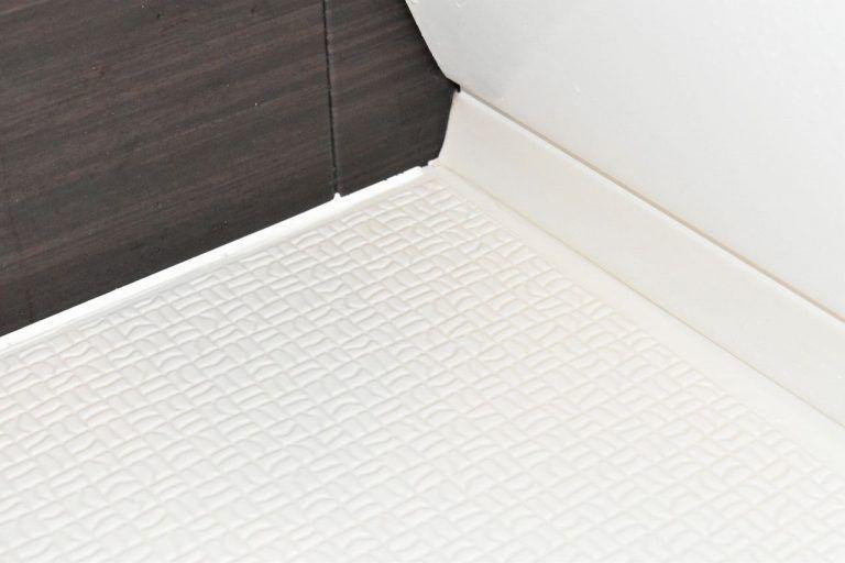 お風呂場の床の黒ずみを10分の掃除で綺麗にできた方法 浴室の掃除 掃除 風呂 床 掃除