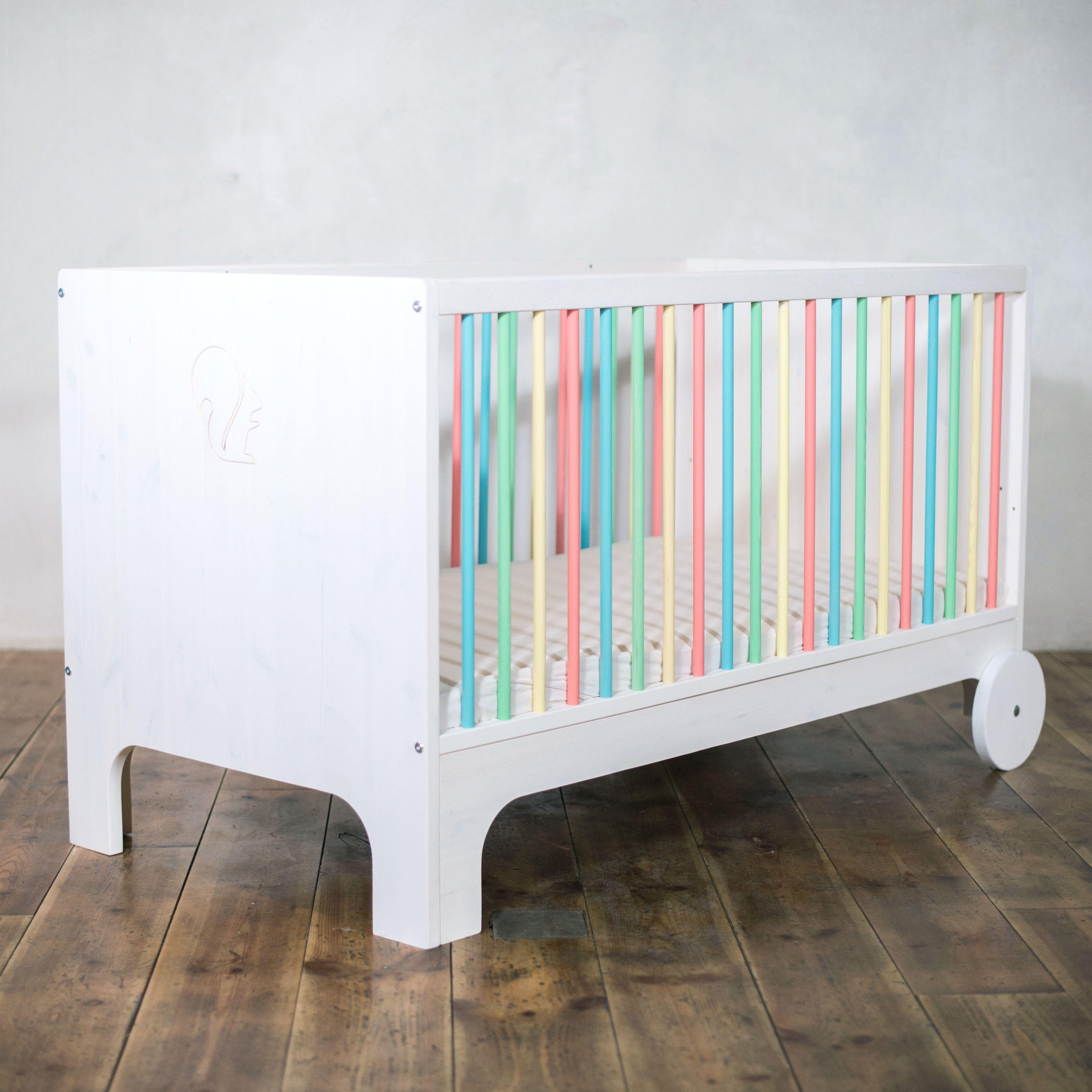 Das Babybett Lumy Aus Massivholz Ist Ein Design Highlight Auf