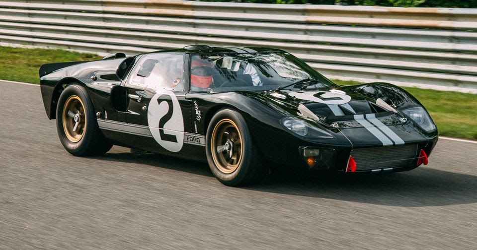 Restored Le Mans Winning 1966 Ford Gt40 Coming To La Auto Show Ford Gt40 Ford Gt Gt40