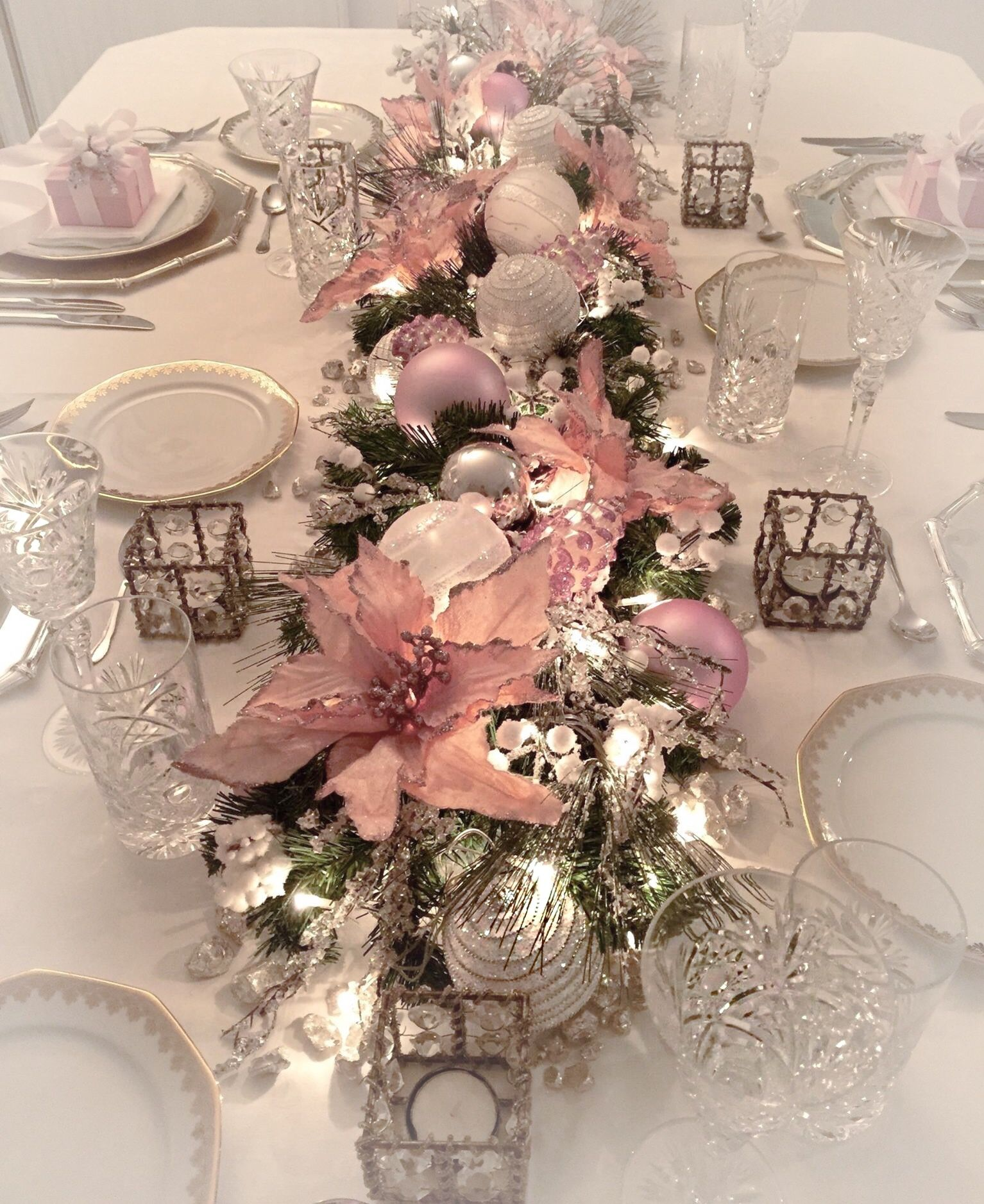 A Dreamy Light Pink Table Decoration