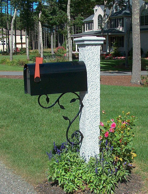 New Hampshire Grey Granite Mailbox Post In Pineapple Finish With Black Mailbox Iron Bracket Granite Cap Mailbox Post Mailbox Pineapple Mailbox
