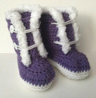 Crochet Baby Boots Pattern Fur Trim 3-12 Months Old #crochetbabyboots