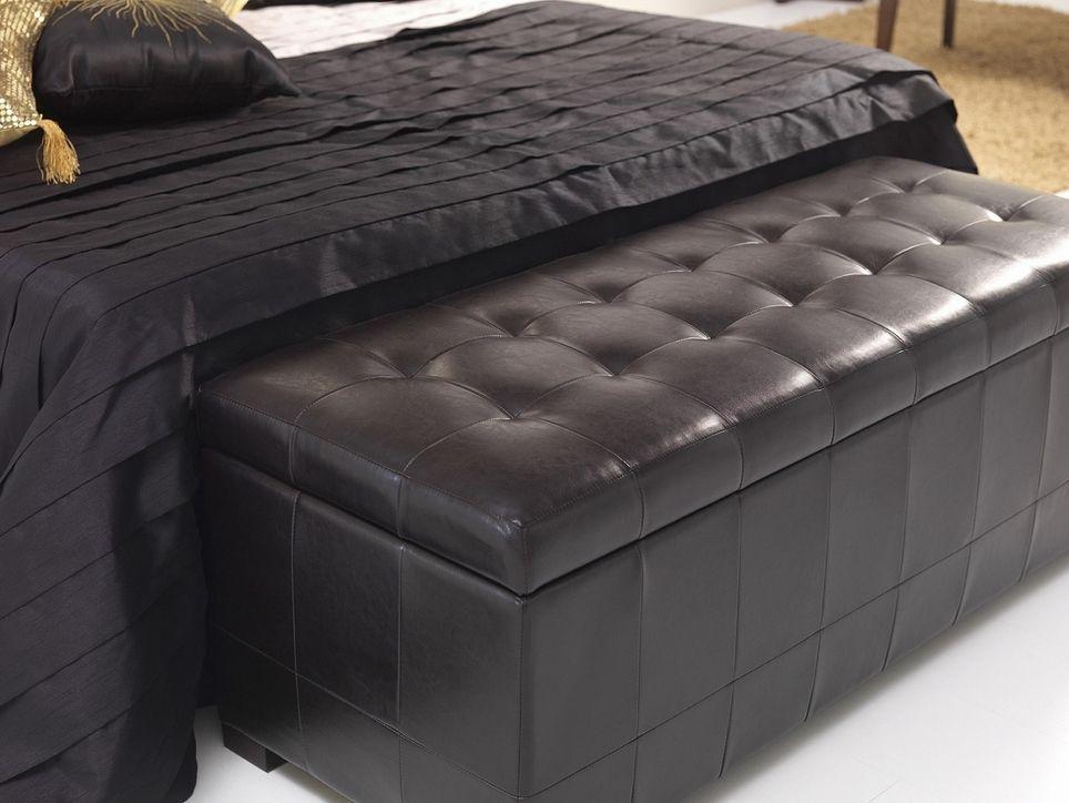 Baul pie de cama tapizado capitone ba les ideas - Baules baratos madera ...