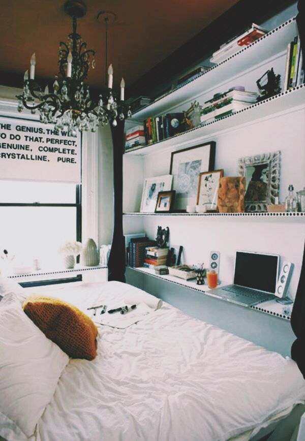 Clever space saving solutions for small bedrooms bedrooms apartments and small apartments for Space saving solutions for small bedrooms