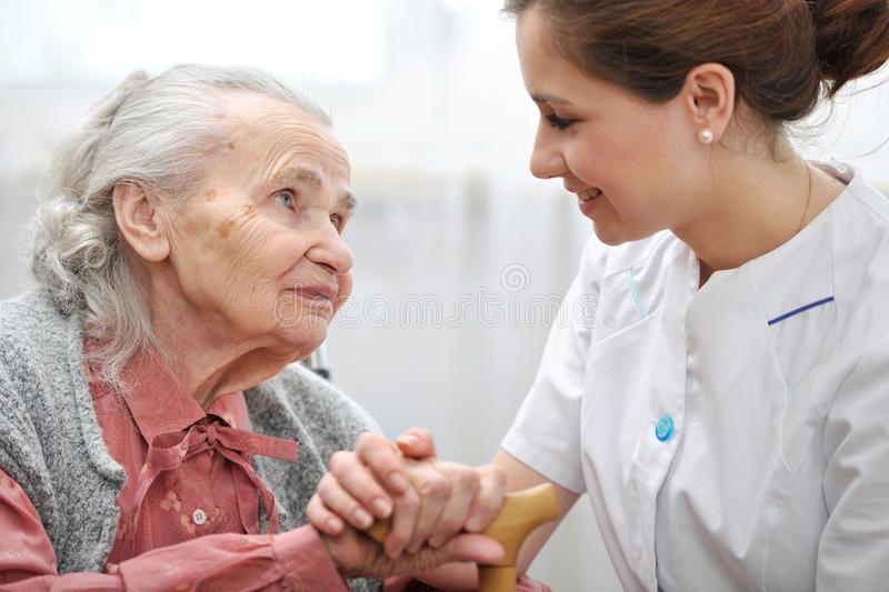 Nursing Home Senior Women With Her Caregiver At Home Sponsored Home Nursing Senior Caregiver Women Ad Elderly Care Home Health Care Home Care