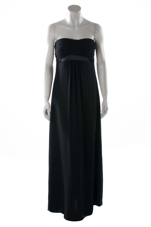 Schwarzes kleid dekollete