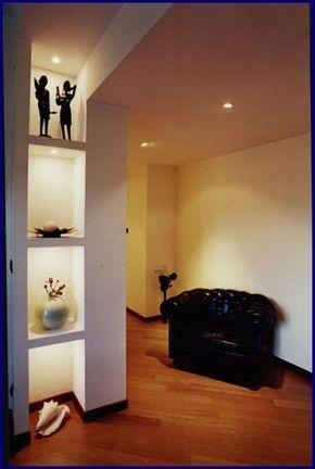 Finiture d 39 interni la spezia arredamento nicchia for Interni di design