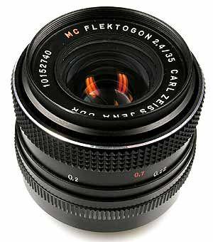 Carl Zeiss Jena Flektogon 35mm F 2 4 Mc Lens Review Zeiss Vintage Lenses Lens