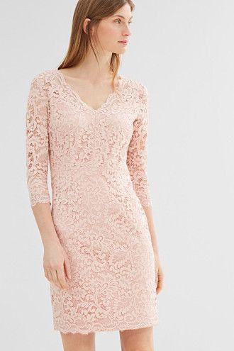 eb6fc42db102 Esprit   Pouzdrové šaty z květinové krajky