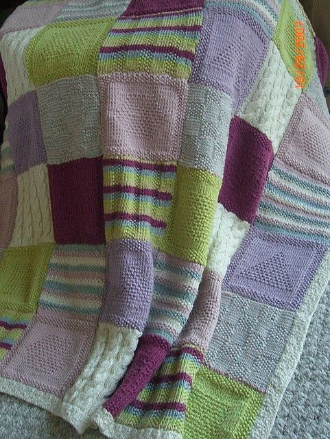 """Patchwork Heart Baby Blanket Knit in Squares 32/"""" x 40/""""  DK Knitting Pattern"""