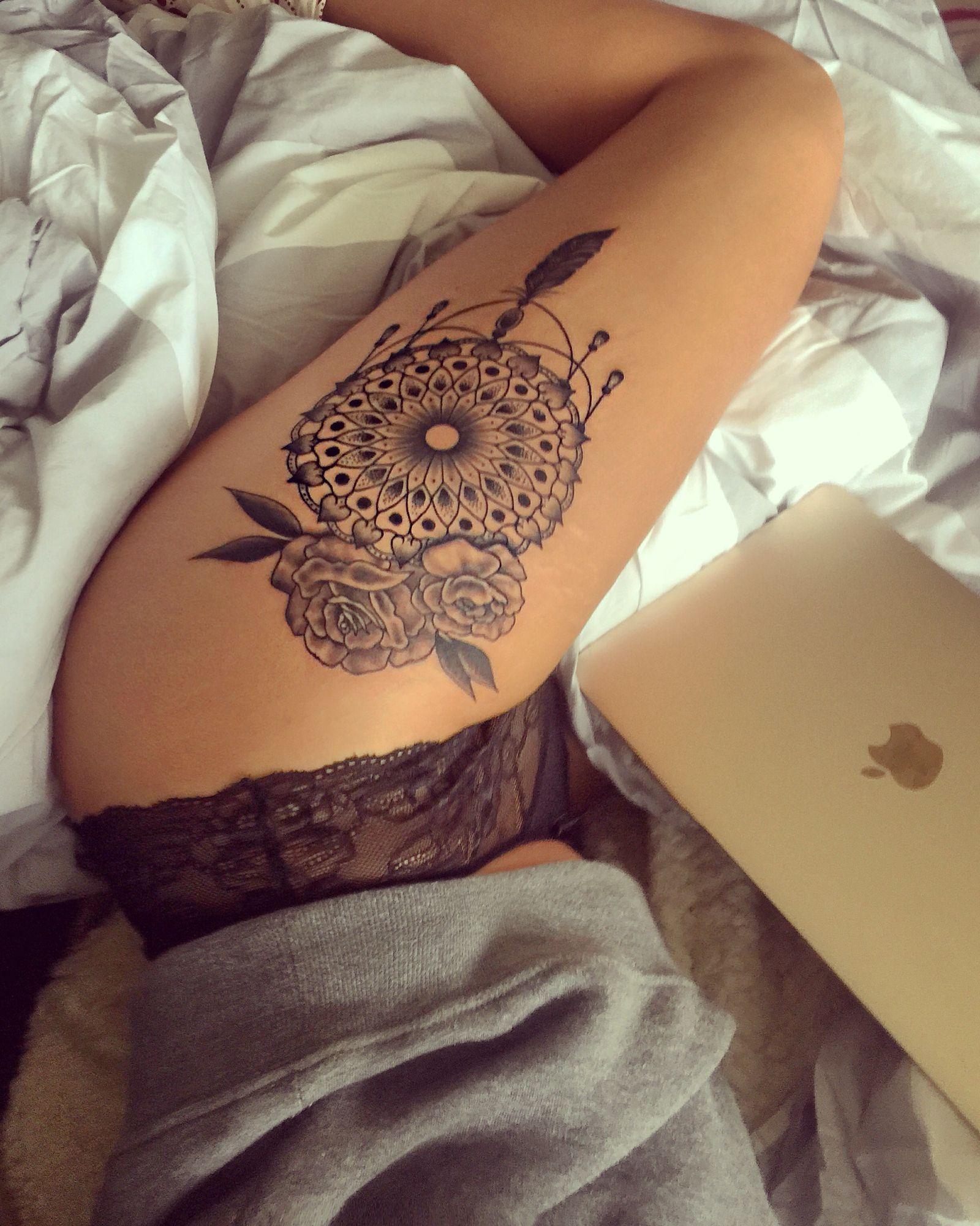 644d26ecbd572 Hiptattoo #mandala #dreamcatcher #roses #tattoo #hiptattoo | Tattoos ...