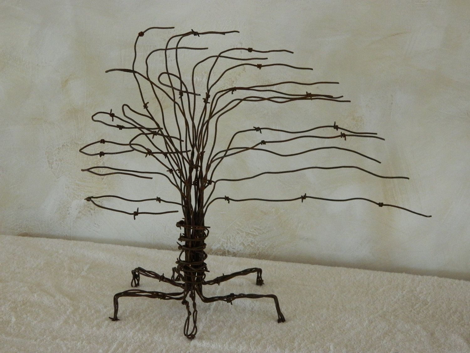 craft wire ideas dishfunctional designs beautiful upcycled barbed wire 1701