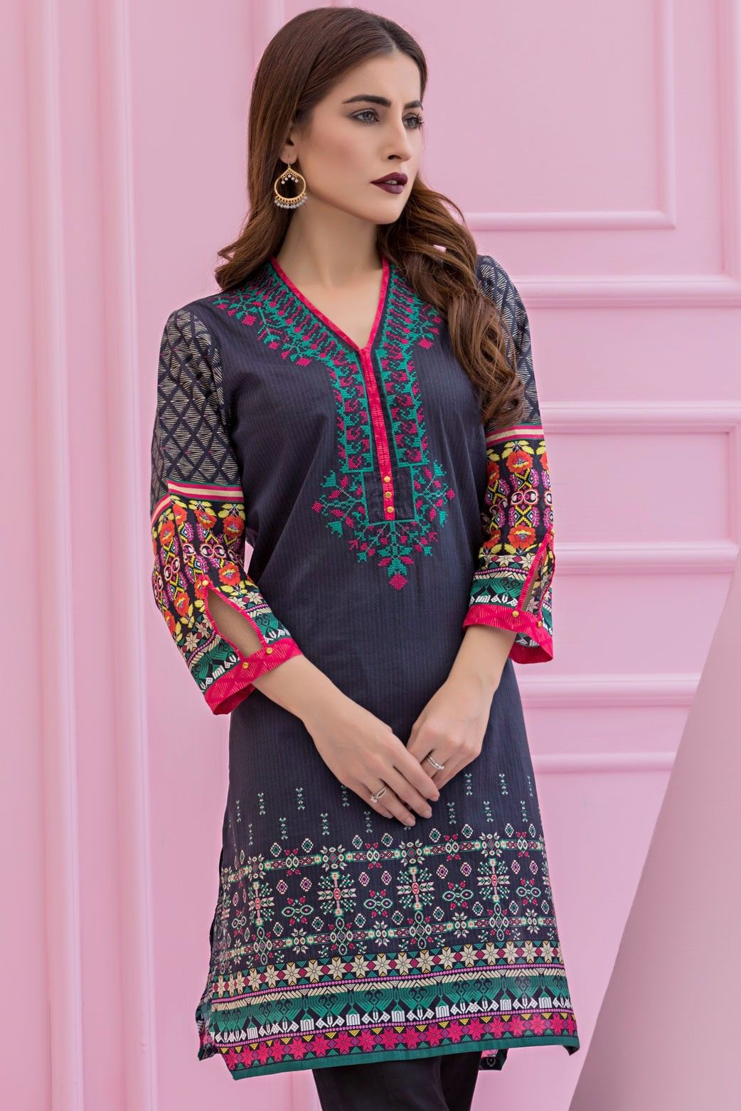 Ethnic Galore By Zeen Cambridge Pre Fall Cambric Collection2017 Is A Ready To Pakistani Wear Kurti Available For Shopping Online. #wintercollection  #blackfriday #readytowear #pretwear  #unstitched #online  #linen #linencollection  #lahore #karachi #islamabad #newyork #london  #pakistan #pakistani #indian #alkaram #breakout #zeen  #khaadi #sanasafinaz #limelight #nishat #khaddar #daraz #gulahmed #2017 #2018  #blackfriday #pakistani_dresses #best_price #indian_dresses