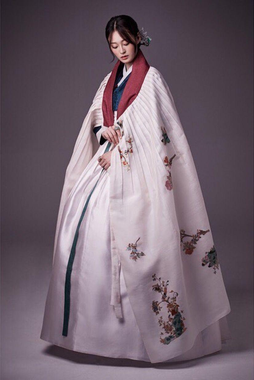 한복 Hanbok : Korean traditional clothes[dress]   Traditional