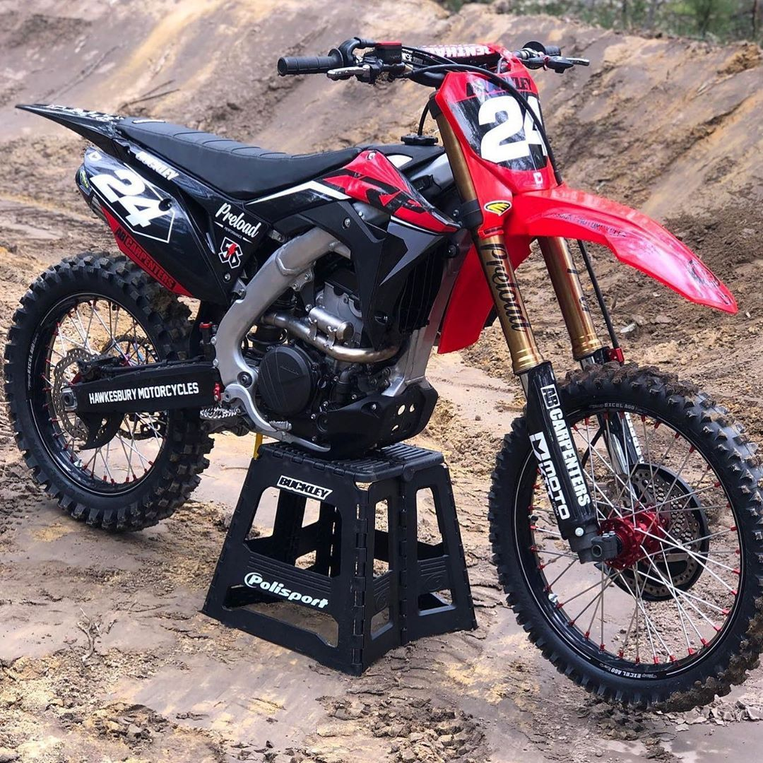 Fresh Custom Moto Kit Graphics To Transform Pat 24 Bucko S Crf250r Motokit Custom Mxgraphics Motorcross Bike Cool Dirt Bikes Motorcycle Dirt Bike