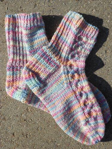 Helmi-sukat (Pearl socks)