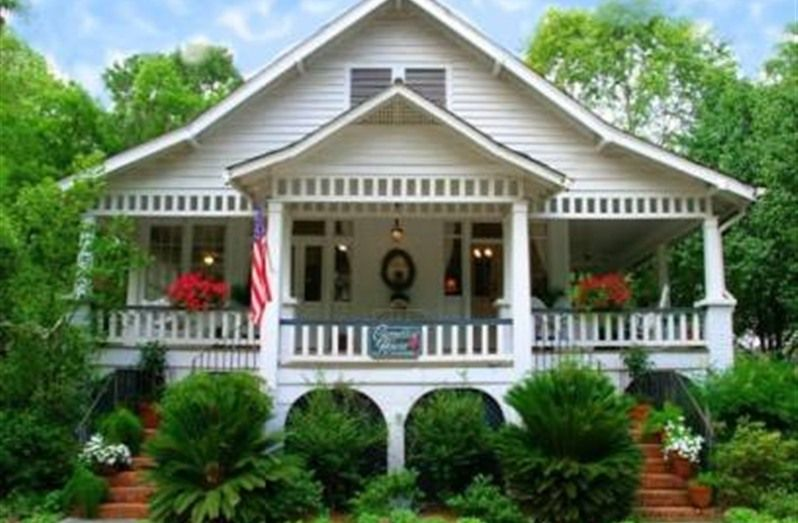 Camellia House Bed and Breakfast in Covington, Louisiana | B&B Rental