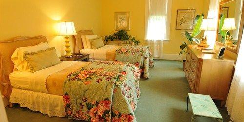 Eastman, a room at Prairie Guest House